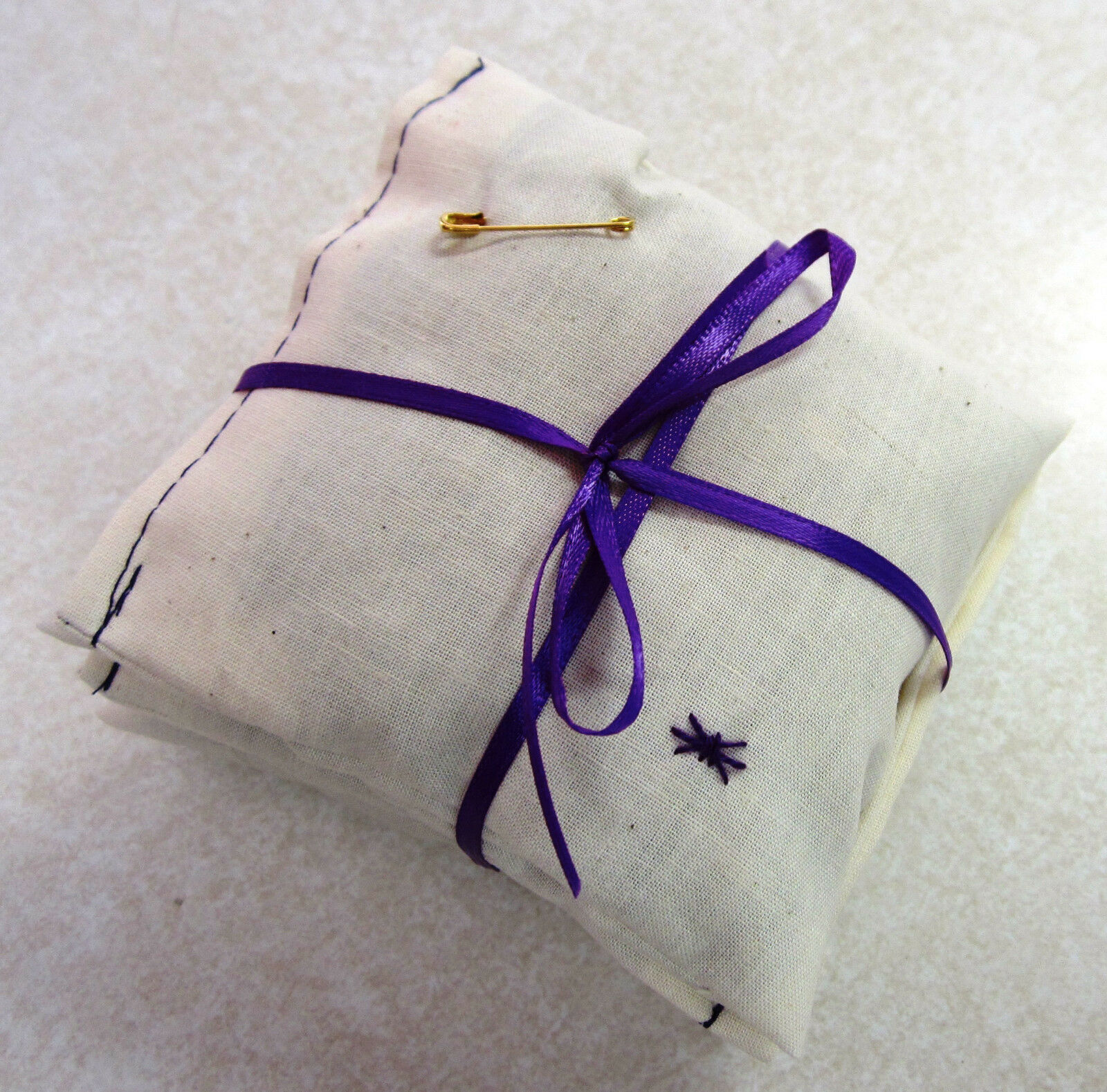 Set of 4 Sets of 4 Reusable Muslin Lavender Dryer Sachets