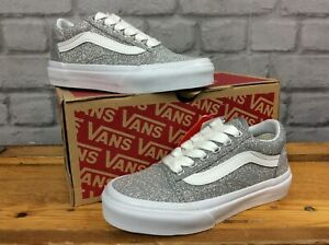 VANS-UK-11-EUR-28-OLD-SKOOL-SILVER-GLITTER-TRAINERS-GIRLS-CHILDRENS-LG