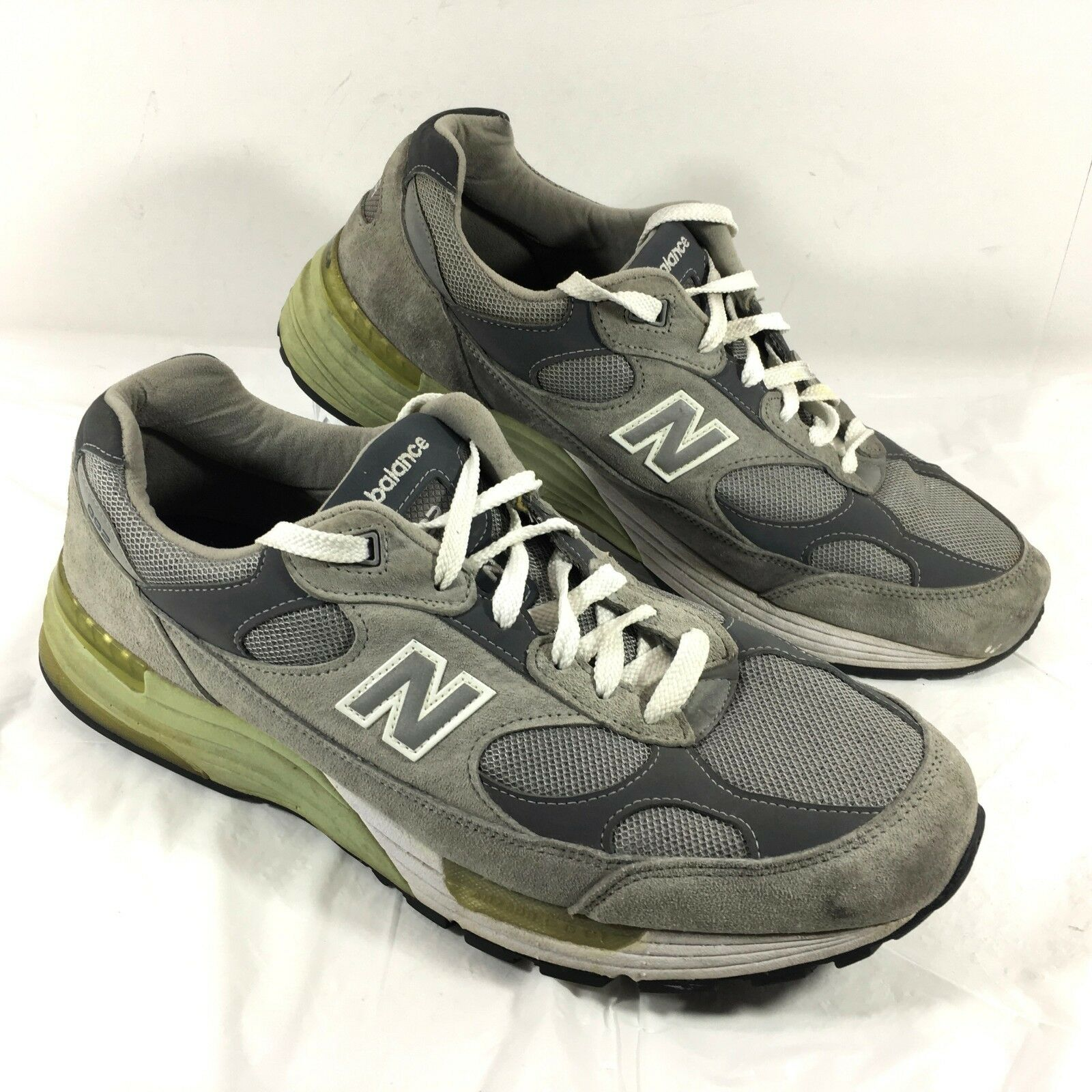 b9ca1e245edef GUC GUC GUC Men s New Balance 992 Walking Shoes Gray suede leather Comfort Sz  14 2E