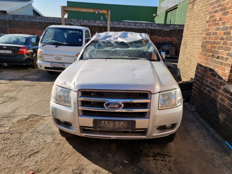 Ford Ranger 3.0 WEAT 4x2 manual stripping for spares