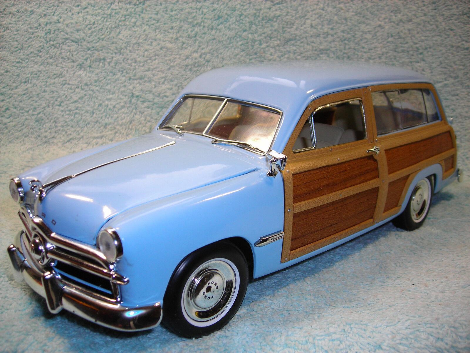 1/18 2018 Ford Woody Wagon en Bebé Azul \ Real Madera por motor City Classics.