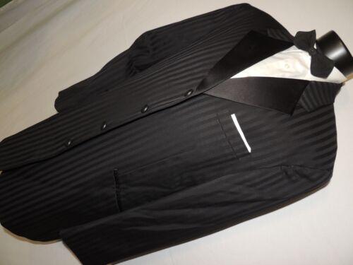 FUBU Black shadow stripe formal tuxedo suit 42 L P