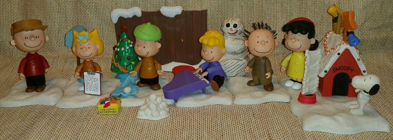 Lot of Charlie Braun Christmas Playset