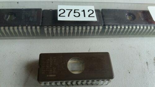 8 EPROMs 27512 EPROMs effacé et blanc carreaux