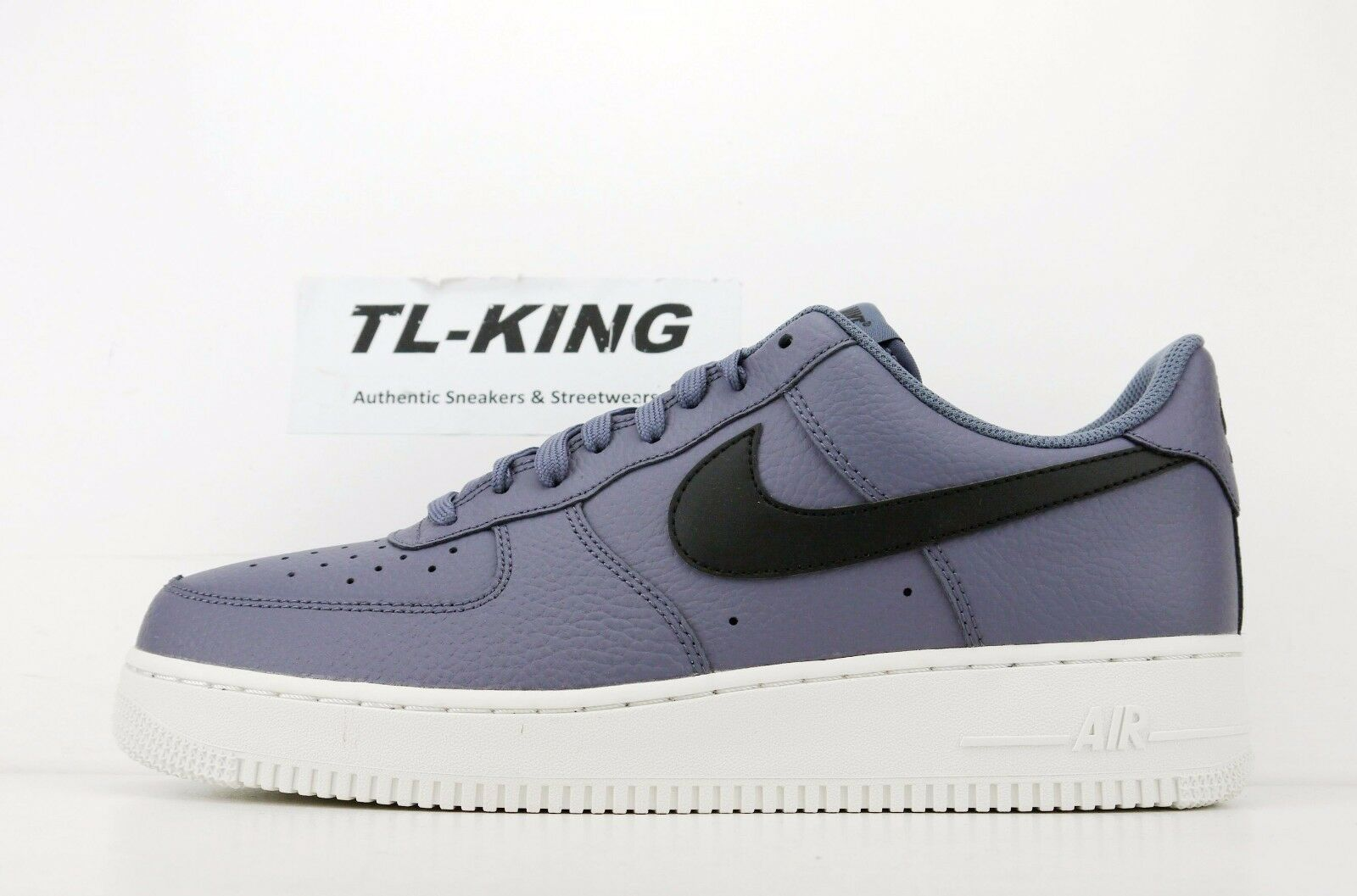 Nike Air Force 1 '07 AF1 Light Carbon Black Summit White AA4083 006 CW