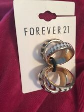 Forever 21 JewelryWedding Bands Rings Set Ring Multiples Black/cream/Gold 0339