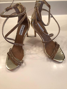 c38cf5e7586 Details about NEW STEVE MADDEN WOMENS HARMON METALLIC GOLD RHINESTONE HEELS  SHOES SIZE 9