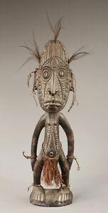 Statue-d-039-ancetre-mindimbit-art-du-sepik-papouasie-NG