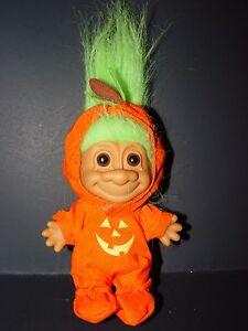 """Troll Doll 4 1//2/"""" Russ Halloween Thanksgiving Pumpkin Green Hair"""