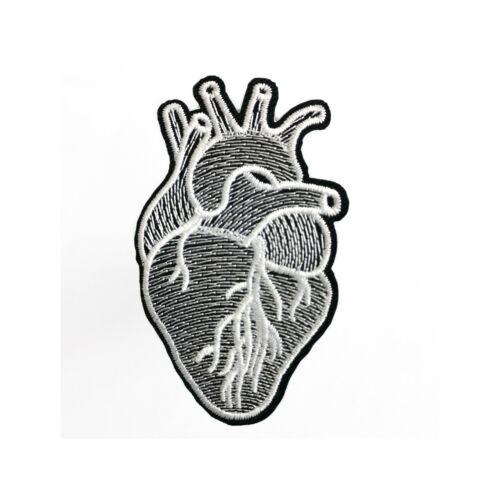 Herz-Patches Aufnäher Aufbügler Patch 4,8x7 cm Anatomische Herz Aufbügeln