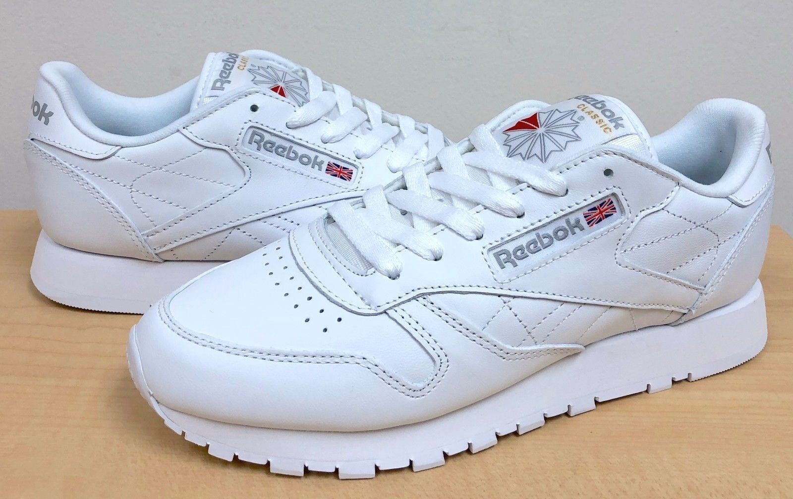 cáscara Canoa materno  WOMENS REEBOK CLASSIC LEATHER 835 White/White for sale online