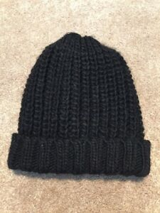 2f09e7450a3bf Image is loading Womens-Vince-Camuto-Black-Chunky-Cable-Knit-Beanie-
