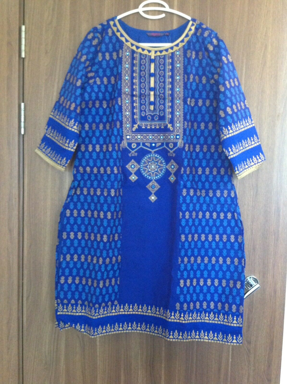 India Suit Readyl Made Ready to wear Churidar And Kameez Pakistani SIZE L