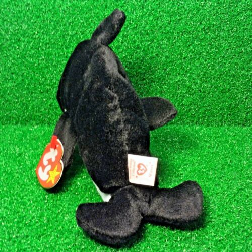 Ty Beanie Baby Waves The Orca Whale 1996 Retired Plush Toy MWMT Free Shipping