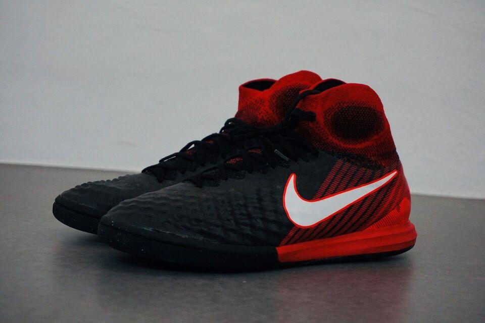 Fodboldstøvler, Magistax ic ii, Nike