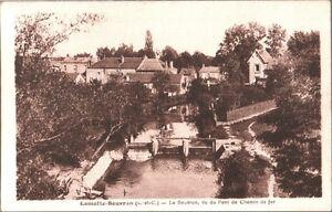 CARTOLINA-LAMOTTE-BEUVRON-Le-Beuvron-vu-du-pont-de-Chemin-de-fer-1920-ca