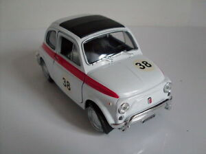 Fiat-500-Race-Version-weis-Welly-Auto-Modell-ca-1-35-1-38-Neu-OVP