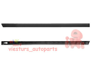 BMW-5-E34-1988-1995-Front-Door-Middle-Trim-Moulding-RIGHT-side-NEW