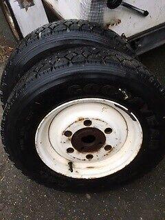 Anden dæktype, Goodyear R14, 8 mønster