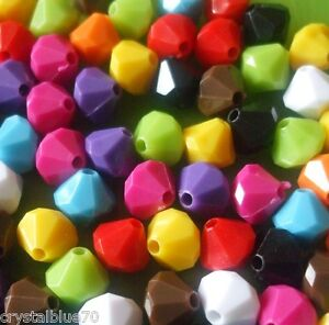 100-x-Acrylic-Beads-8mm-Bicone-Faceted-Solid-Colour-Plastic-Choice-of-10-Colours