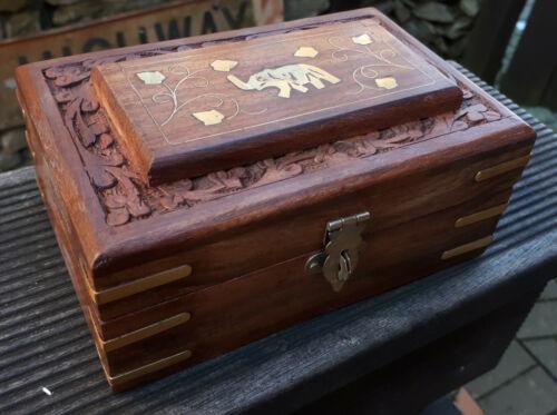 15x10 Schmuck Ring Holz kiste Schatulle Kästchen Box geschnitzt Messing Elefant