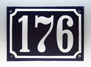 ALTE-EMAIL-EMAILLE-HAUSNUMMER-176-in-BLAU-WEISS-um-1950-1955