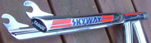 paire SKYWAY Fork decals