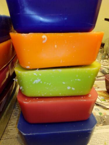 5 Blocs de Cire de paraffine 1.8 kg Rouges//bordeaux Délicatement parfumée 2 faire des bougies.