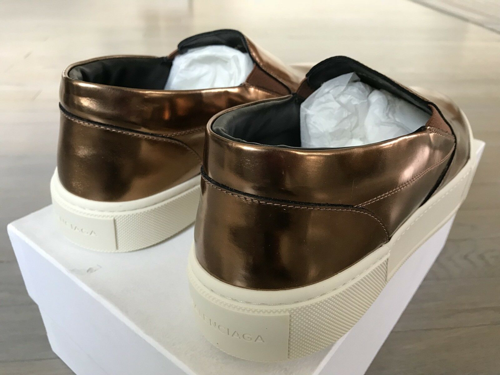 615  Balenciaga Balenciaga Balenciaga Copper Leather Slip Ons Size US 11, EU 44, Made in  975310