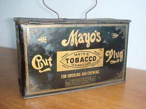 boite tole lithographiée à tabac cigarette publicitaire Mayo Cut Plug lunch box - France - EBay Ancienne boite tabac fumer ou chiquer de la marque Mayo, utilisée des qu'elles étaient vide comme 'lunch box '.Premier modle peinture noire et ouverture haute charnire sur la longueur.Dimension 19,5 x 9,5 x 12,5Tres bon état pour son age, - France