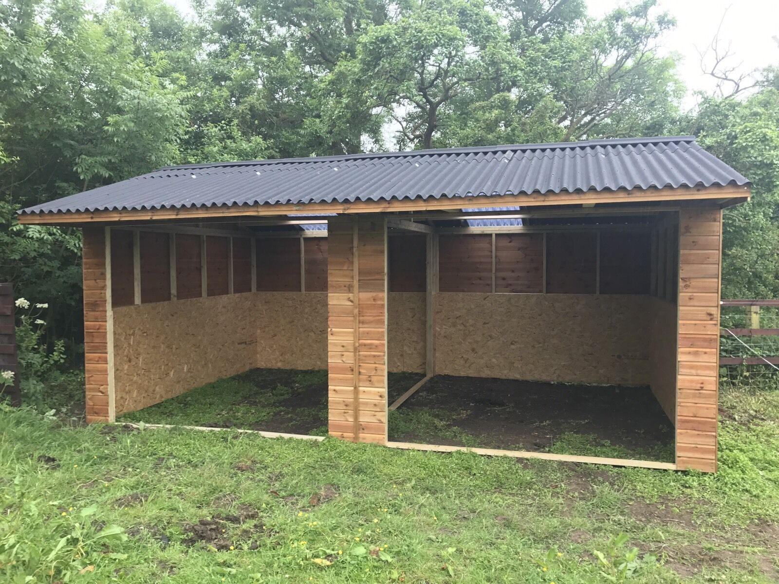 WOODEN STABLES MOBILE SHELTER Horse Stables 24X12 Field Shelter mobile Or Static