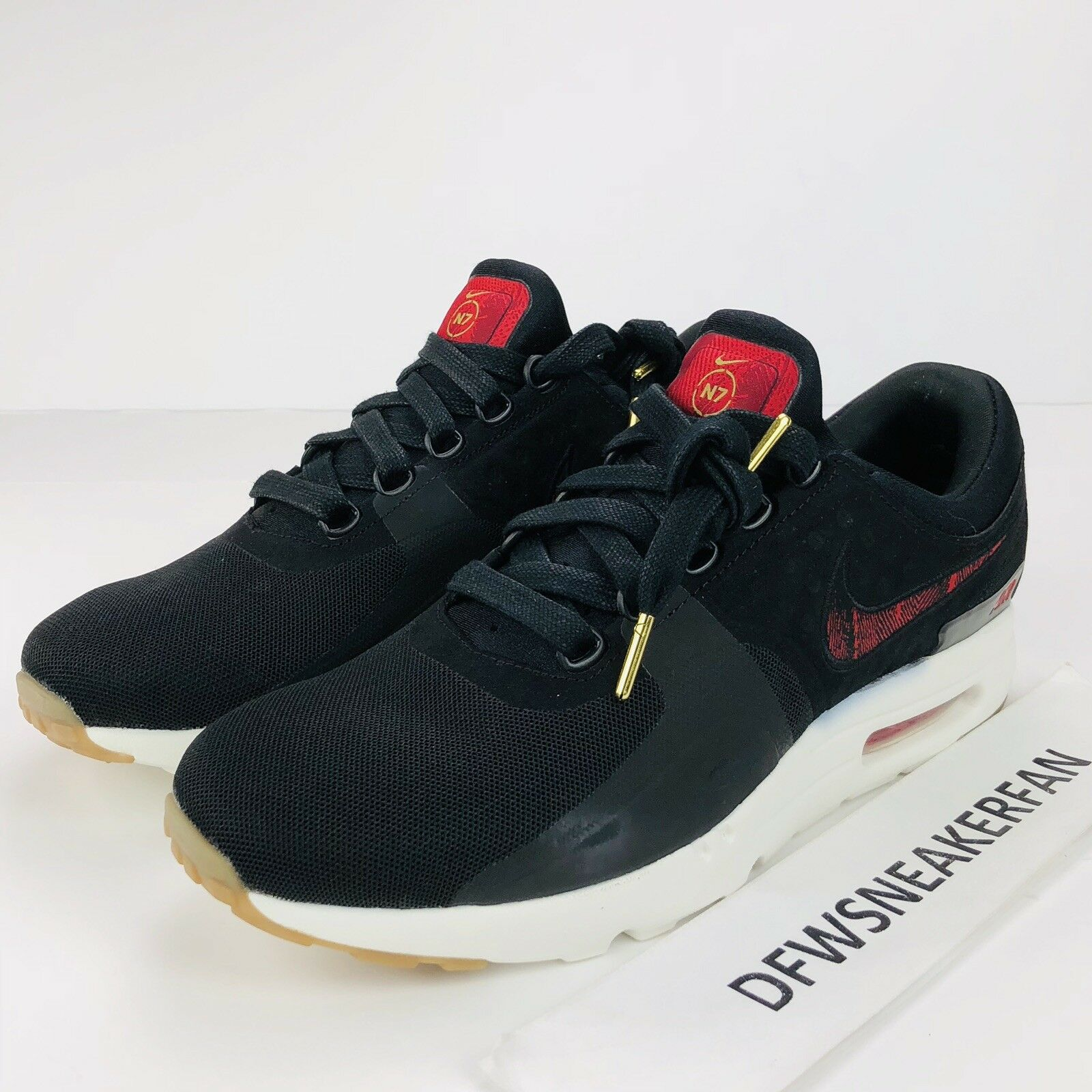 Nike Air Max Zero N7 Men's Size 9.5 Black University Red Gum 924449-001 New