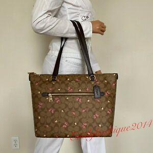 NWT COACH SIGNATURE BUTTERFLY PRINT GALLERY KHAKI BROWN PINK TOTE BAG 2712