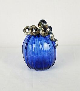 Beautiful-Cobalt-Blue-Art-Glass-Pumpkin-With-Iridescent-Stem-Signed-GK