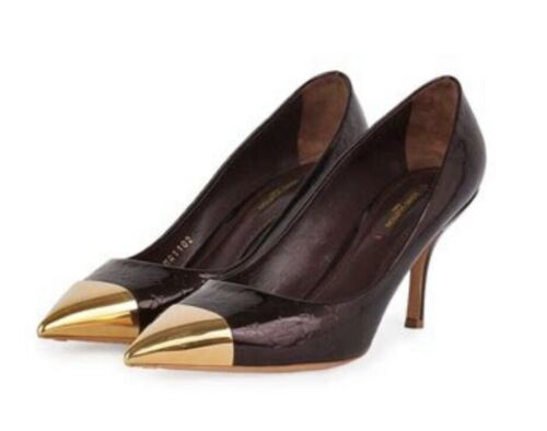 Luis Vuitton Womans Amarante, Gold Tip Pumps