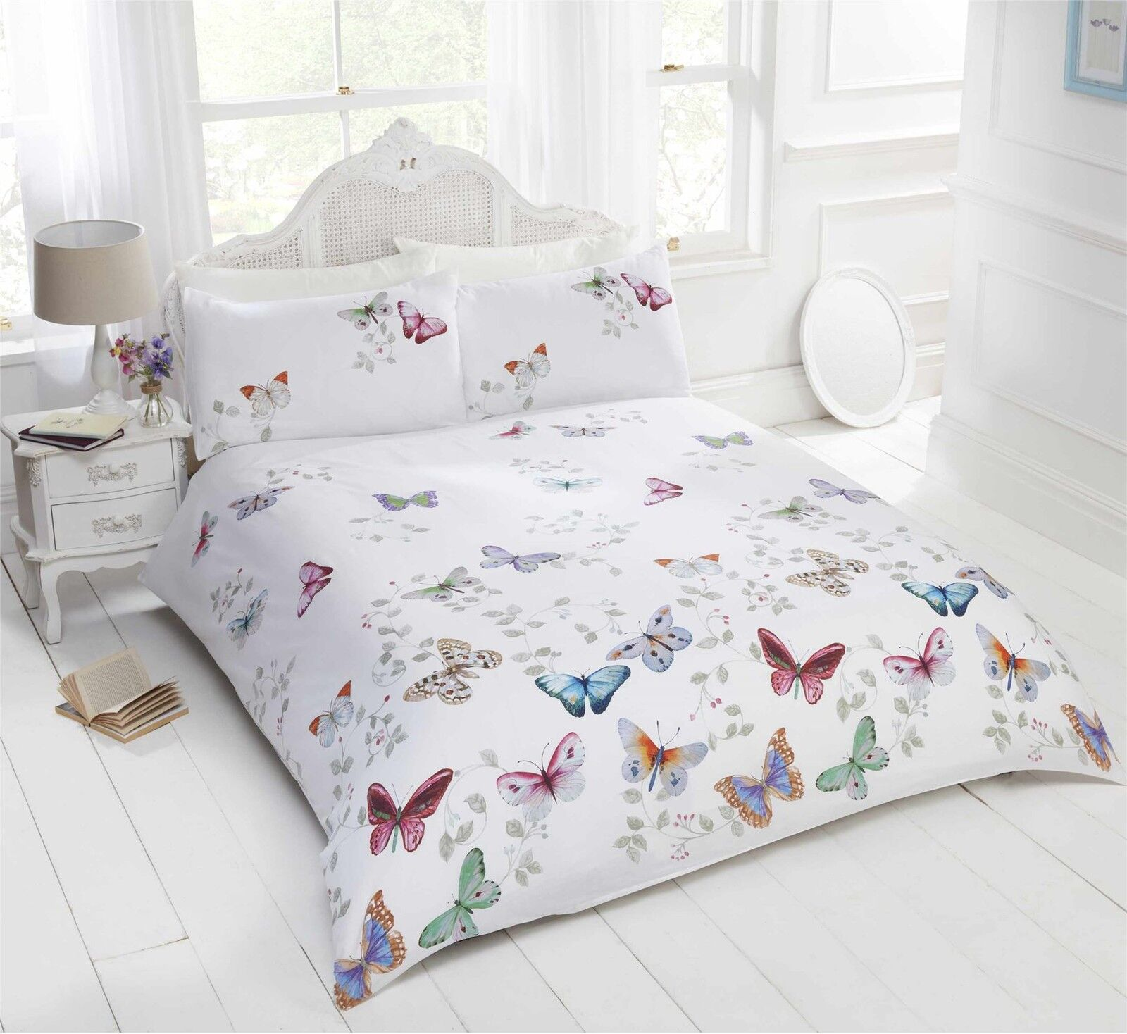 BRIGHT BUTTERFLIES LEAVES WHITE COTTON BLEND DOUBLE 4 PIECE BEDDING SET