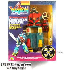Computer-Control-Vehicle-Team-Voltron-w-box-Electronic-Vehicles-LJN-Voltron