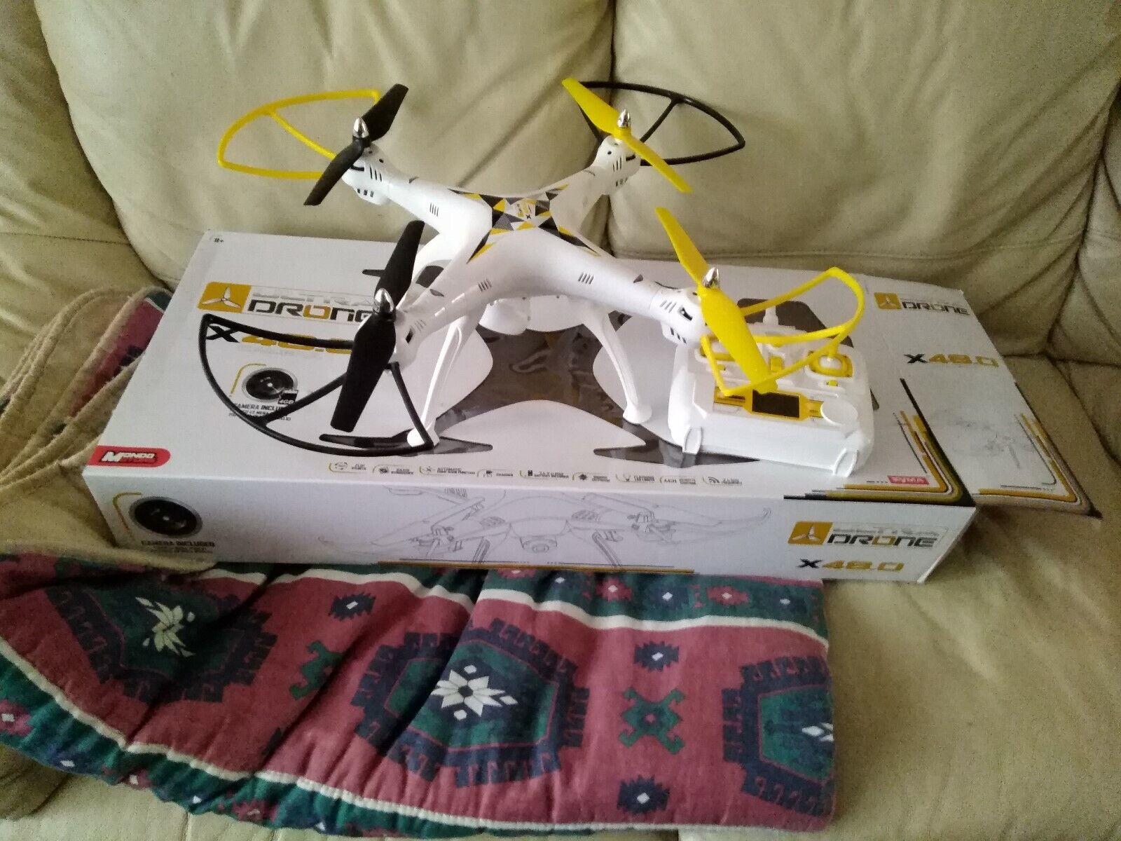 Helicopter Quadcopter  Drone X48 Coloreee bianco nuovo  negozio di vendita outlet