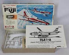 Hasegawa Japan JS-058:300 Fuji T-1A 1:72 Scale OPEN BOX- NEW