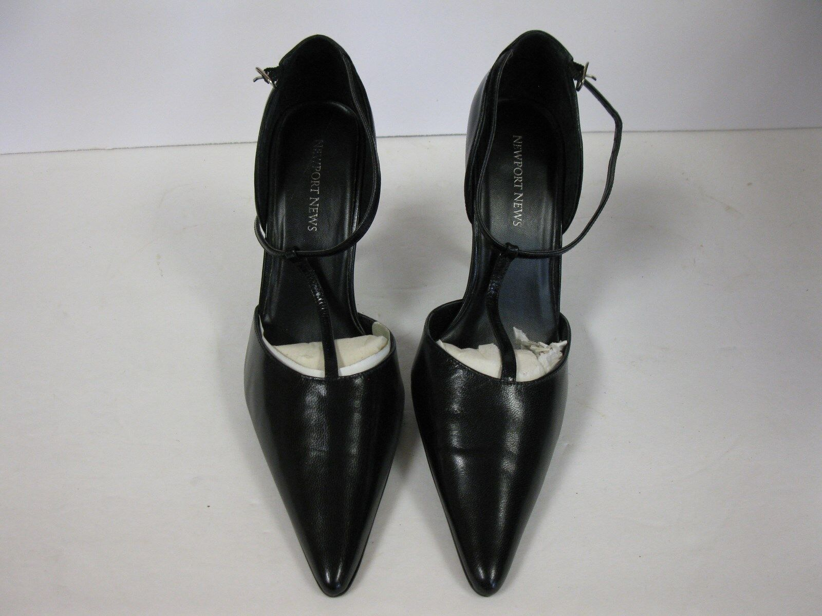 New Newport News Black Pointy Toe Stilettos 9.5M