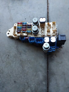 details about 90 1990 91 1991 toyota camry 4 dr v6 interior fuse & relay box 2000 toyota camry fuse box diagram 1990 toyota camry fuse box #15