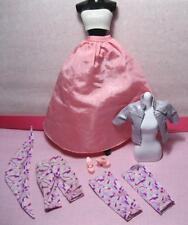 2000 JEWEL GIRL Fashionista Fashion Avenue Barbie doll-LONG PINK SKIRT OUTFIT