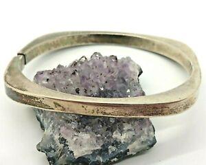 Vintage-Sterling-Silver-Hinged-Square-Bangle-Bracelet-12-6-Grams