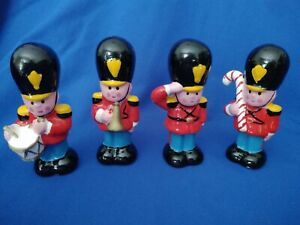 4-Vintage-Ceramic-Marching-Soldier-Christmas-Figurines-Frankel-Taiwan-3-5-034