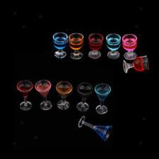 12x Plastik Cocktailgläser mit verschiedenen Farbe für 1:12 Puppenhaus Deko