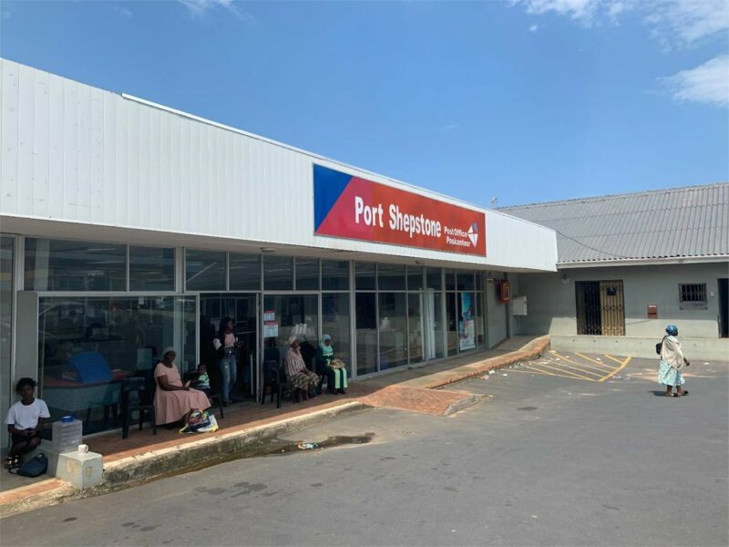 RETAIL SHOWROOM (EX POST OFFICE SPACE) - PORT SHEPSTONE