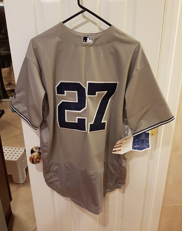 Los Yankees de Nueva York, GianCochelo Stanton, camiseta gris de talla grande.