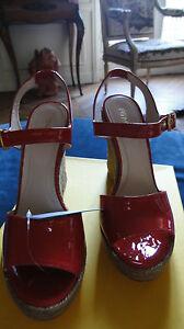 Sandales-neuves-FENDI-rouges-T-40-cuir-avec-boite-collaboration-CASTANER