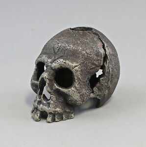 9973470-Candle-Holders-Candles-Holder-Skull-Iron-Rustic-8x12x8cm