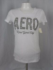 A1-6 NEW Aeropostale Women/'s White Embellished Logo T-Shirt